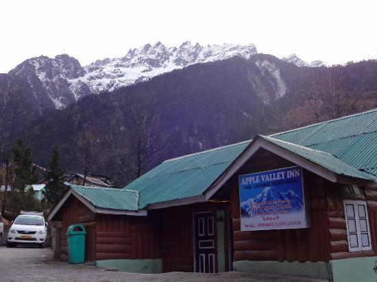 Apple Valley Hotel Lachung